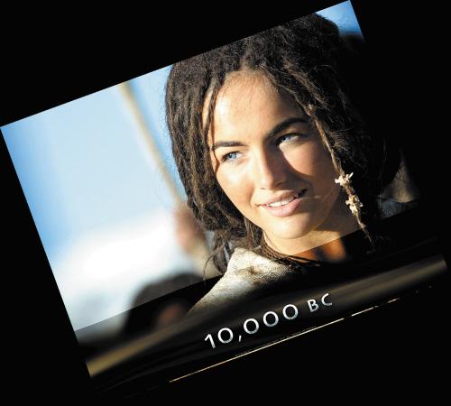 史前一万年在线_史前一万年女主角_史前一万年_史前一万年电影_新闻图片网