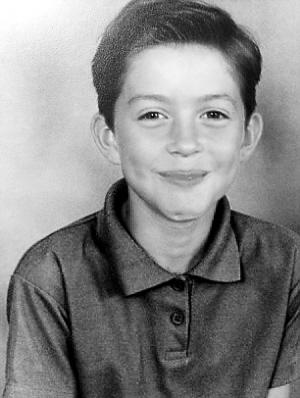 少年时期的妮可·吉布森是个活泼的男孩.