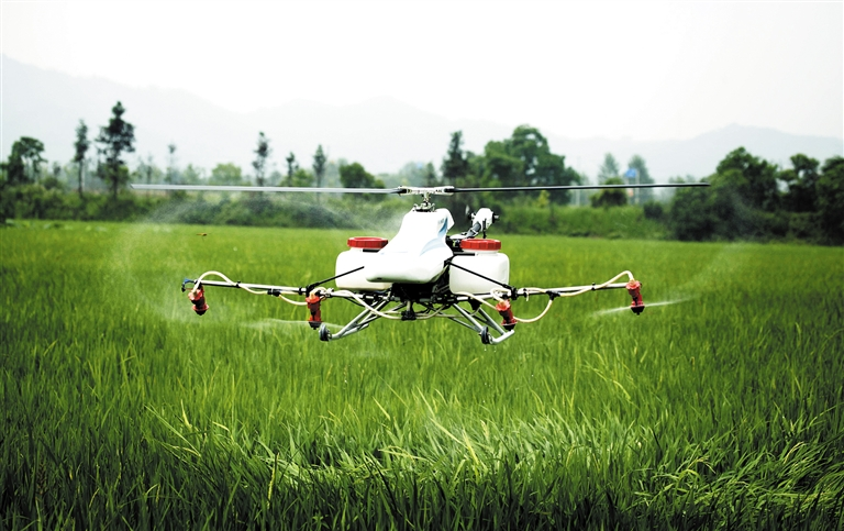 小型遥控飞机在江西省九江市都昌县土塘镇