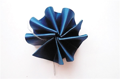 丝带辫子教程图解步骤