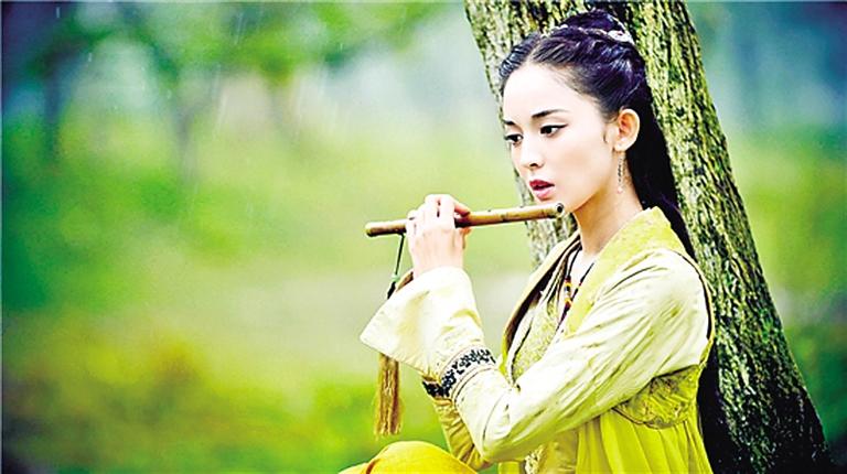 古力娜扎饰唐雨柔