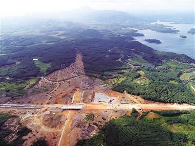 儋州至白沙,五指山至保亭至海棠湾高速公路项目开工.