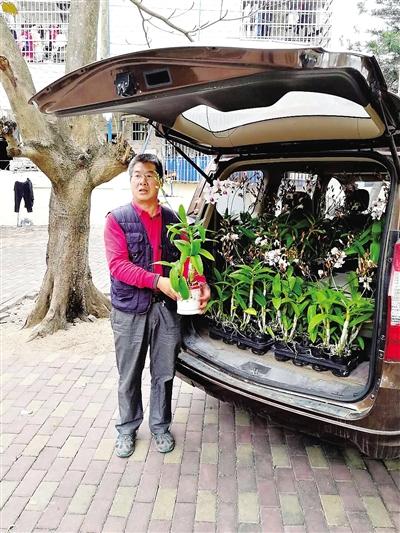 个人小档案      王联春,52岁,海南大学园艺园林学院测量教研室